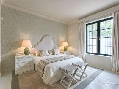 Image 18 | 11 bedroom villa for sale with 0.58 hectares of land, Guadalmina Baja, Guadalmina, Malaga Costa del Sol, Andalucia 208027