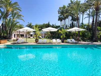 Image 33 | 11 bedroom villa for sale with 0.58 hectares of land, Guadalmina Baja, Guadalmina, Malaga Costa del Sol, Andalucia 208027