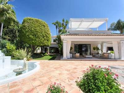 Image 35 | 11 bedroom villa for sale with 0.58 hectares of land, Guadalmina Baja, Guadalmina, Malaga Costa del Sol, Andalucia 208027