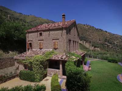 Image 4 | 8 bedroom farmhouse for sale with 2.5 hectares of land, Reitano, Messina, Sicily 208170