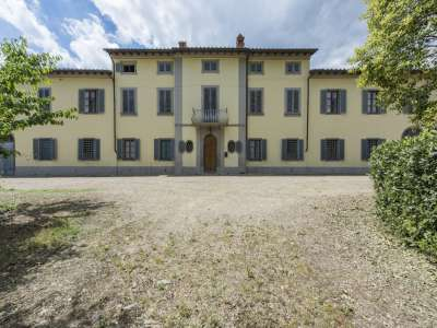 Image 1 | 10 bedroom farmhouse for sale with 180 hectares of land, Arezzo, Chianti 208306
