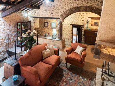 Image 15 | Superb Umbrian Villa with 10 bedrooms and Pool  for Auction in Spoleto area. 208592