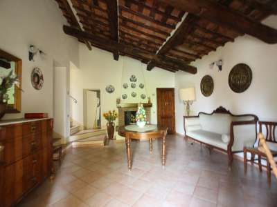 Image 10 | Large Farmhouse for Sale comprising 10 Apartments in Colle di Val d'Elsa 209133
