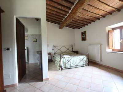 Image 19 | Large Farmhouse for Sale comprising 10 Apartments in Colle di Val d'Elsa 209133