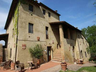 Image 2 | Large Farmhouse for Sale comprising 10 Apartments in Colle di Val d'Elsa 209133