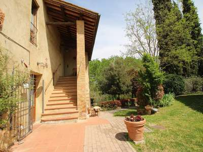 Image 22 | Large Farmhouse for Sale comprising 10 Apartments in Colle di Val d'Elsa 209133