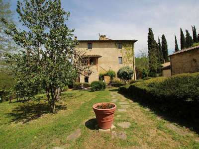 Image 24 | Large Farmhouse for Sale comprising 10 Apartments in Colle di Val d'Elsa 209133