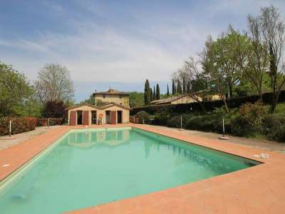 Image 4 | Large Farmhouse for Sale comprising 10 Apartments in Colle di Val d'Elsa 209133