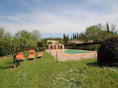 Image 5 | Large Farmhouse for Sale comprising 10 Apartments in Colle di Val d'Elsa 209133