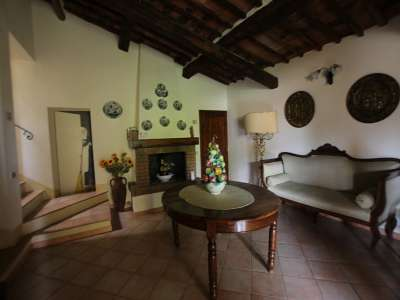 Image 9 | Large Farmhouse for Sale comprising 10 Apartments in Colle di Val d'Elsa 209133
