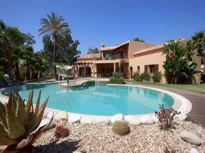Image 1 | 4 bedroom villa for sale with 0.3 hectares of land, Alvor, Western Algarve, Algarve 209272