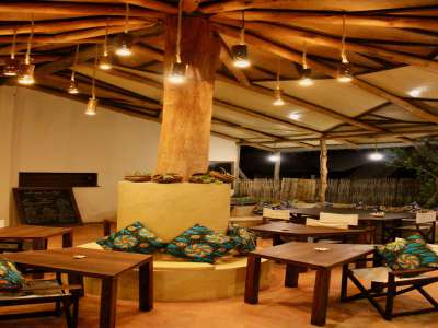 Image 10 | Fabulous Beachfront Lodge, Restaurant and Bar in Pemba Mozambique 209507