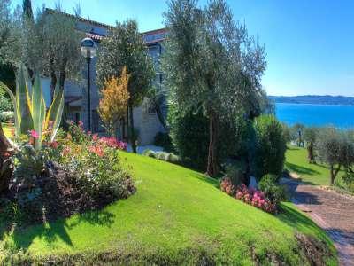 Image 6 | 4 bedroom villa for sale with 0.4 hectares of land, Sirmione, Brescia, Lake Garda 209593