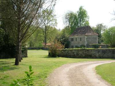 Image 2 | 11 bedroom French chateau for sale with 2.9 hectares of land, Orthez, Pyrenees-Atlantique , Gascony 209892
