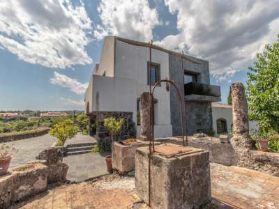 Image 3 | 3 bedroom villa for sale with 1 hectares of land, Acireale, Catania, Sicily 209916