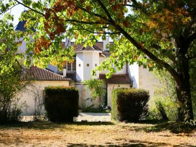 Image 2 | 6 bedroom French chateau for sale with 2.24 hectares of land, Vic Fezensac, Gers , Gascony 210077