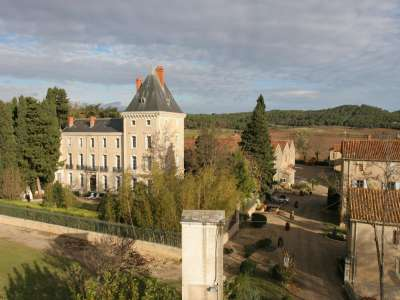 Image 1 | 10 bedroom French chateau for sale with 10.5 hectares of land, Nissan lez Enserune, Herault , Languedoc-Roussillon 210311