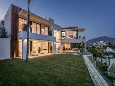 Image 3 | 6 bedroom villa for sale with 1,573m2 of land, La Alqueria, Benahavis, Malaga Costa del Sol, Andalucia 211095
