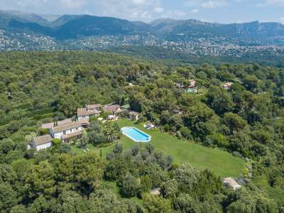 Image 19 | 9 bedroom villa for sale with 1.27 hectares of land, Les Hauts de St. Paul, Saint Paul de Vence, Alpes-Maritimes 6, French Riviera 211404