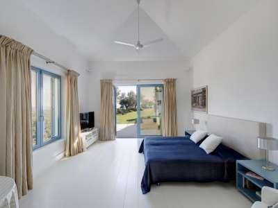 Image 10   5 bedroom villa for sale with 0.7 hectares of land, Monte Mayor Golf Resort, Marbella, Malaga Costa del Sol, Andalucia 212682