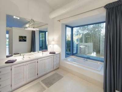 Image 18   5 bedroom villa for sale with 0.7 hectares of land, Monte Mayor Golf Resort, Marbella, Malaga Costa del Sol, Andalucia 212682