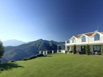 Image 29   5 bedroom villa for sale with 0.7 hectares of land, Monte Mayor Golf Resort, Marbella, Malaga Costa del Sol, Andalucia 212682