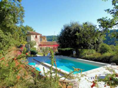 Image 1   12 bedroom farmhouse for sale with 3 hectares of land, Apt, Vaucluse , Luberon 212893