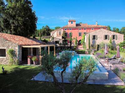 Image 1 | 13 bedroom farmhouse for sale with 3 hectares of land, Cereste, Alpes-de-Haute-Provence 4, Luberon 212895