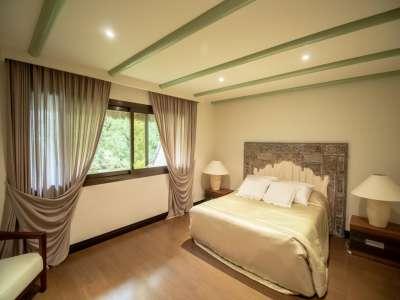 Image 10 | 5 bedroom villa for sale with 0.25 hectares of land, Los Monteros, Marbella, Malaga Costa del Sol, Andalucia 212968