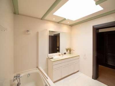 Image 11 | 5 bedroom villa for sale with 0.25 hectares of land, Los Monteros, Marbella, Malaga Costa del Sol, Andalucia 212968
