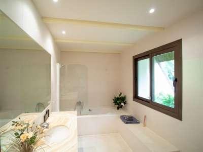 Image 14 | 5 bedroom villa for sale with 0.25 hectares of land, Los Monteros, Marbella, Malaga Costa del Sol, Andalucia 212968