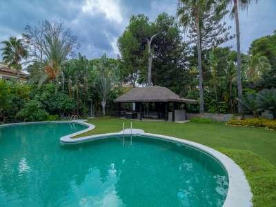 Image 17 | 5 bedroom villa for sale with 0.25 hectares of land, Los Monteros, Marbella, Malaga Costa del Sol, Andalucia 212968