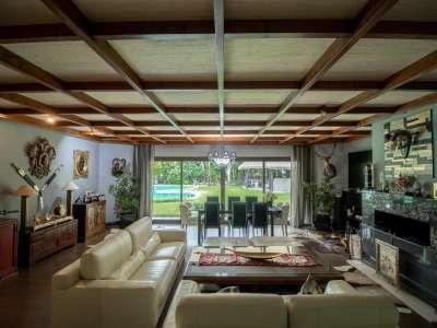Image 3 | 5 bedroom villa for sale with 0.25 hectares of land, Los Monteros, Marbella, Malaga Costa del Sol, Andalucia 212968