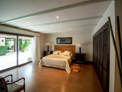 Image 8 | 5 bedroom villa for sale with 0.25 hectares of land, Los Monteros, Marbella, Malaga Costa del Sol, Andalucia 212968