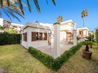 Image 2 | 4 bedroom villa for sale with 623m2 of land, Puerto Alcudia, Alcudia, Northern Mallorca, Mallorca 214853