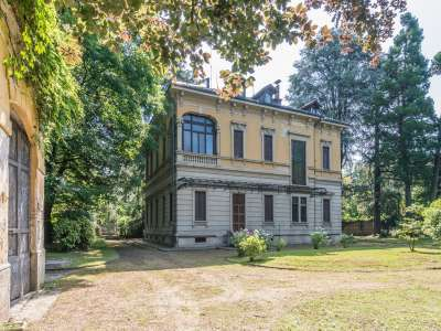 Image 2   8 bedroom villa for sale with 0.39 hectares of land, Monza, Monza and Brianza, Lombardy 214962