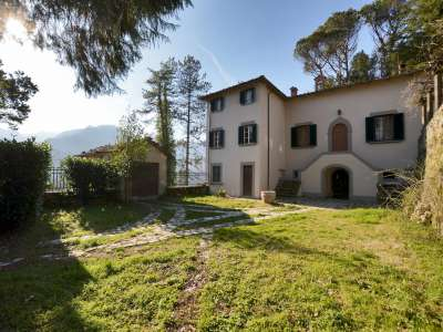 Image 1 | 7 bedroom villa for sale with 3 hectares of land, Lucca, Tuscany 215293