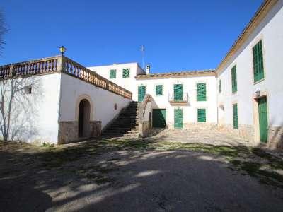 Image 2   12 bedroom villa for sale with 434 hectares of land, Maria de la Salut, Central Mallorca, Mallorca 215393