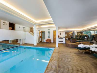 Image 3 | 6 bedroom ski chalet for sale, Courchevel, Savoie , Three Valleys Ski 215506