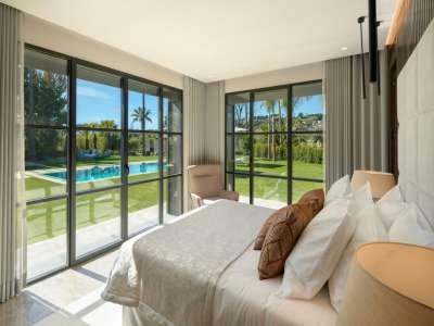 Image 16 | 6 bedroom villa for sale with 0.21 hectares of land, Las Brisas Golf, Nueva Andalucia, Malaga Costa del Sol, Andalucia 215594
