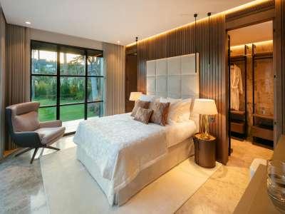 Image 19 | 6 bedroom villa for sale with 0.21 hectares of land, Las Brisas Golf, Nueva Andalucia, Malaga Costa del Sol, Andalucia 215594