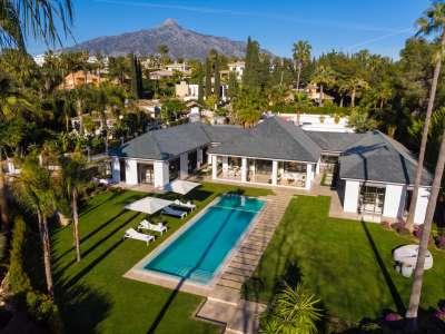 Image 25 | 6 bedroom villa for sale with 0.21 hectares of land, Las Brisas Golf, Nueva Andalucia, Malaga Costa del Sol, Andalucia 215594