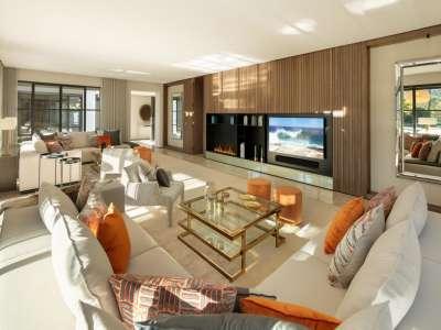 Image 4 | 6 bedroom villa for sale with 0.21 hectares of land, Las Brisas Golf, Nueva Andalucia, Malaga Costa del Sol, Andalucia 215594