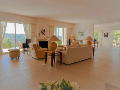 Image 4 | 3 bedroom villa for sale with 0.47 hectares of land, Sainte Maxime, French Riviera 215823