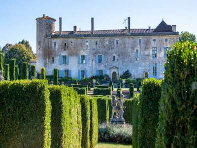 Image 17   11 bedroom French chateau for sale with 2.7 hectares of land, Angouleme, Charente , Poitou-Charentes 215888