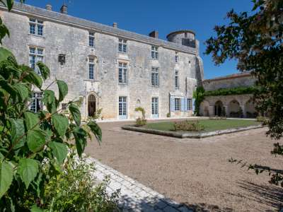 Image 18   11 bedroom French chateau for sale with 2.7 hectares of land, Angouleme, Charente , Poitou-Charentes 215888