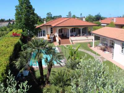 Image 1   5 bedroom villa for sale with 700m2 of land, Camaiore, Lucca, Tuscany 216253