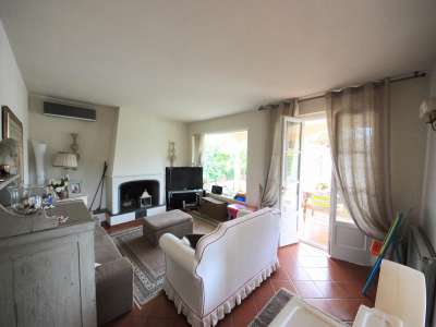 Image 9   5 bedroom villa for sale with 700m2 of land, Camaiore, Lucca, Tuscany 216253