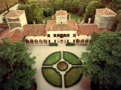 Image 1 | 10 bedroom villa for sale with 1.25 hectares of land, Verona, Veneto 216364