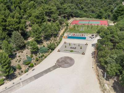 Image 9 | 6 bedroom villa for sale with 314 hectares of land, Lourmarin, Vaucluse , Luberon 216466